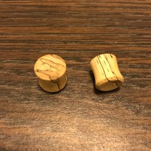 Striped real wooden plugs